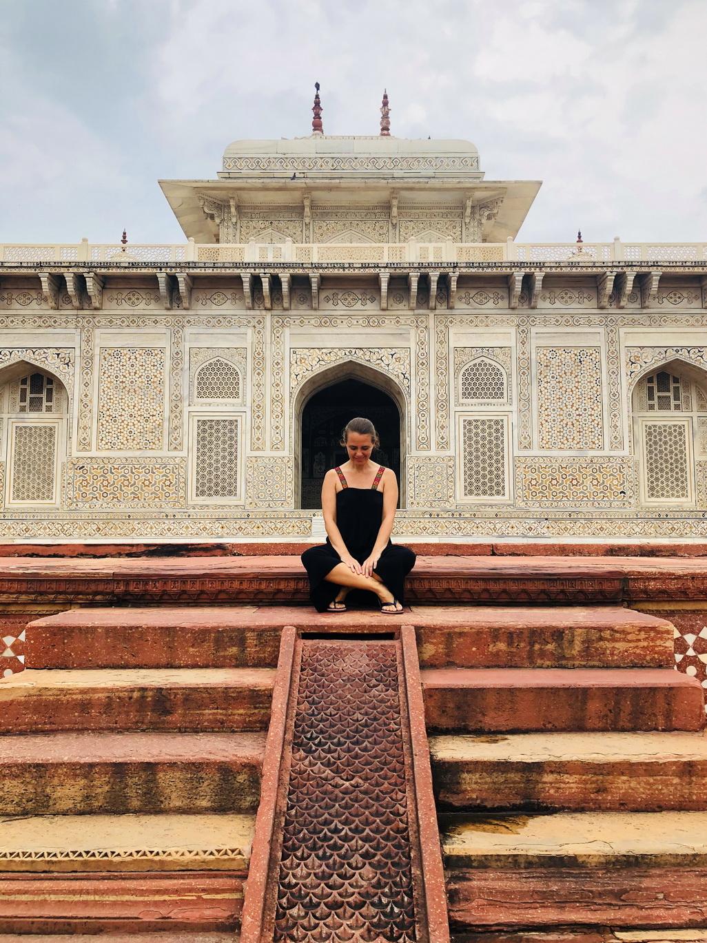 Hindistan deyince... Agra, Tac Mahal'deyim...