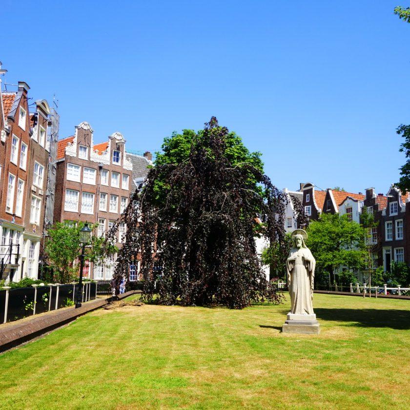 Begijnhof...Amsterdam'ın kalbindeki huzur bahçesi